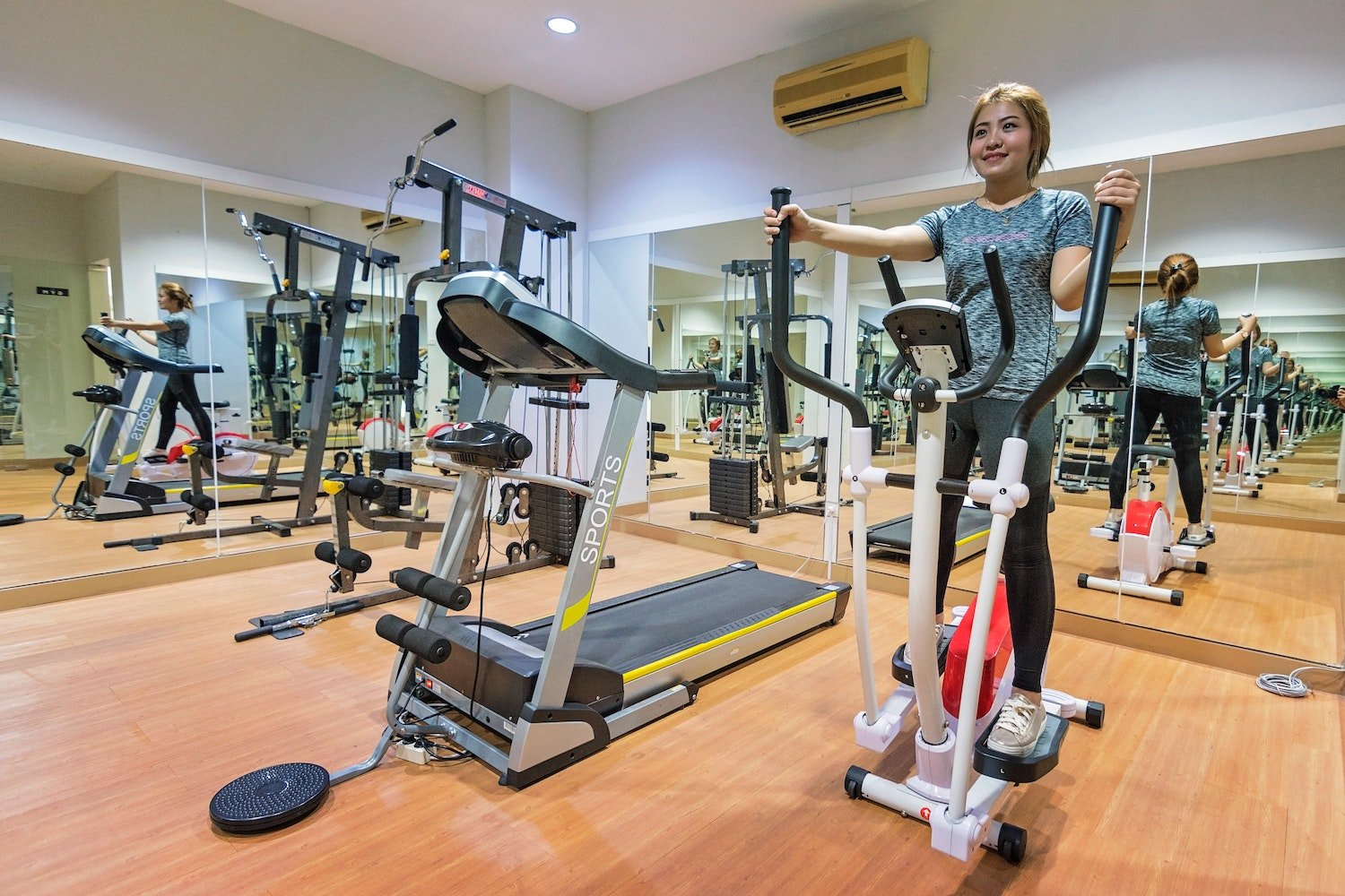 best cardio workouts for bad knees